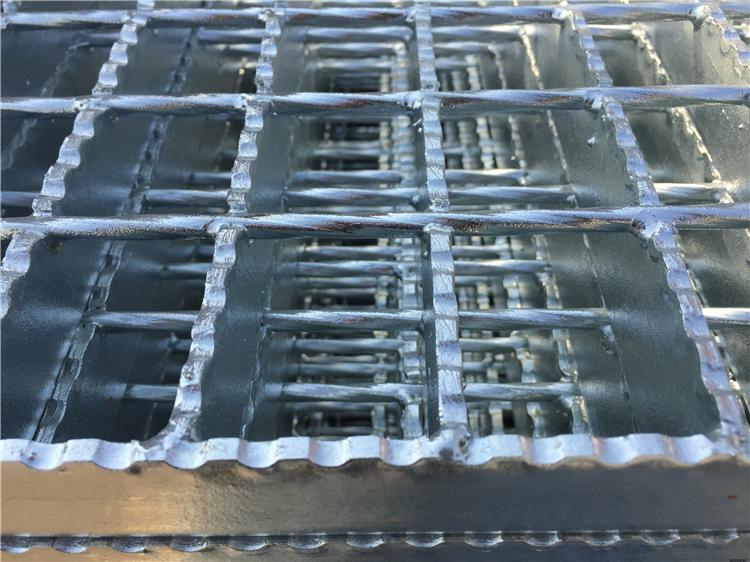 鋼格板加工工藝及具體流程-鋼格板生產工藝制作流程