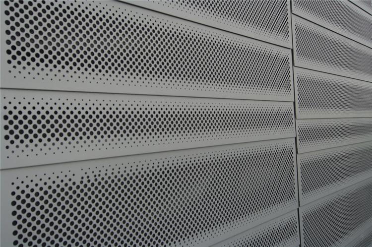 專業的鋼格板供應商,為大家介紹鋼格板如何制作和安裝。