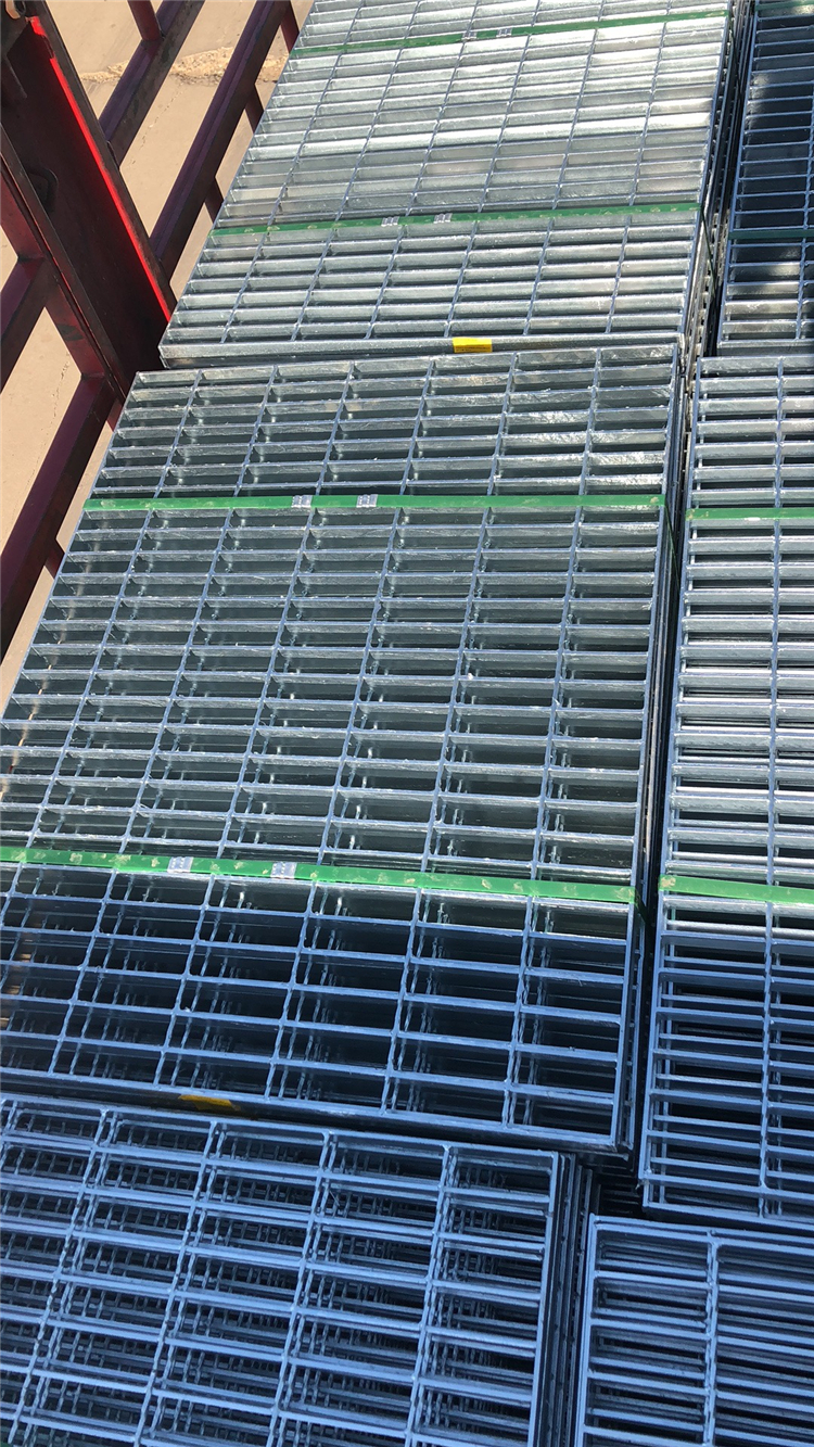到底是哪些原因在主導這平臺鋼格板、異型鋼格板價格的走勢