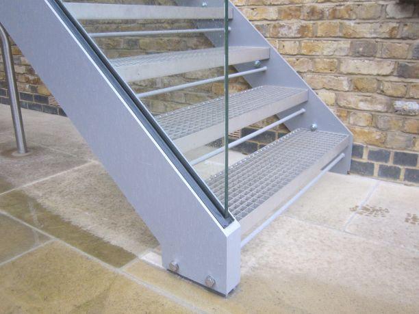 芝麻白樓梯踏步板