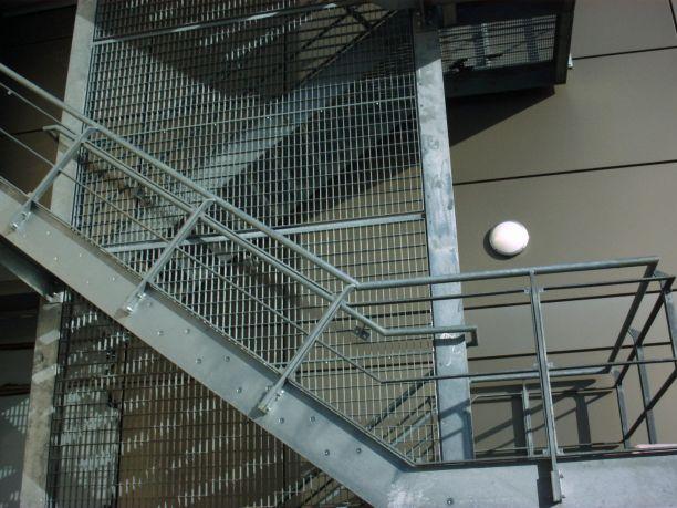 室外樓梯裝修板