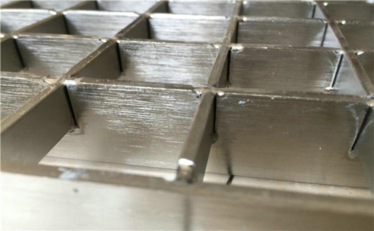 六安电镀锌钢格板