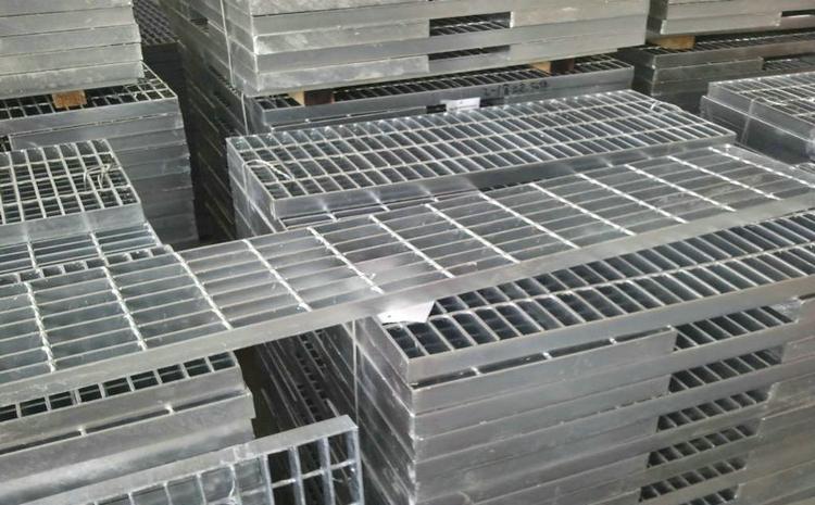 贵州黔西南州镀锌钢格栅板