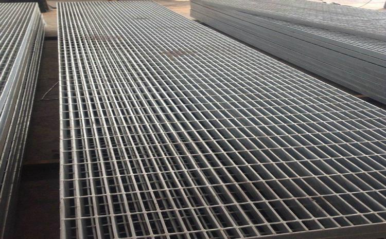 山东潍坊镀锌钢格栅板